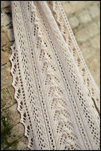 Beautiful cashmere knitted scarf. Pattern at Ravelry.