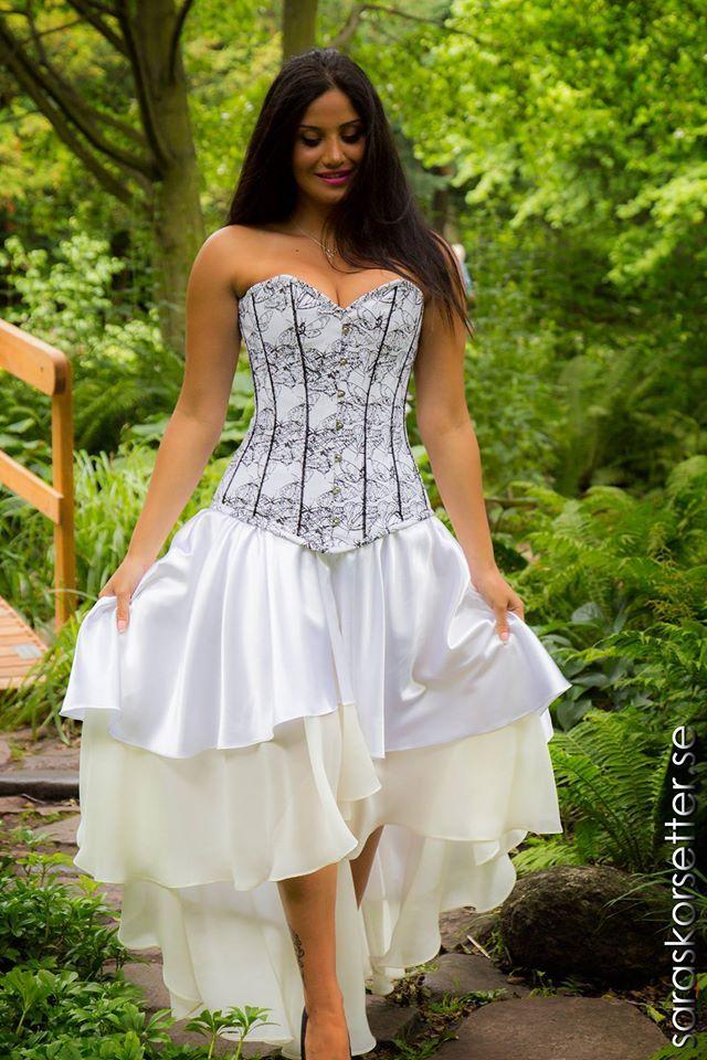 en fin korset klädning