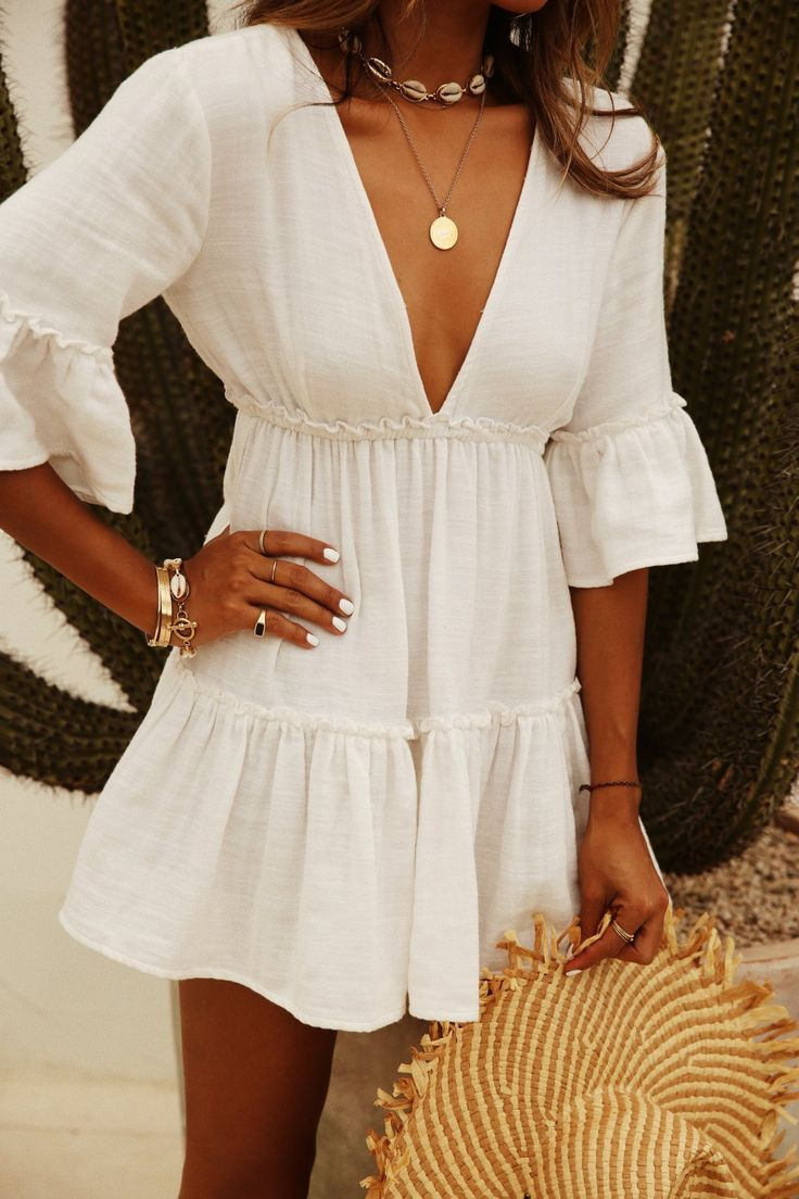 #summer #dress #white #date #necklace #gold