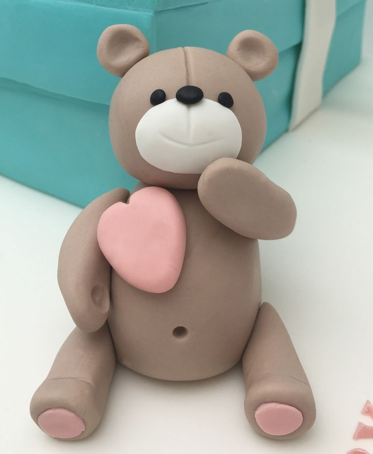 Sugar / Fondant Teddy Bear with pink heart.  The Cake Lab Bakery, Ranelagh, Dublin, Ireland. Artisan Baking Studio.
