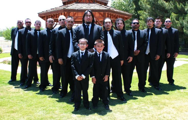 Great picture of groomsmen!