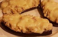 Μελιτζάνες με κοτόπουλο και καραμελωμένα κρεμμύδια