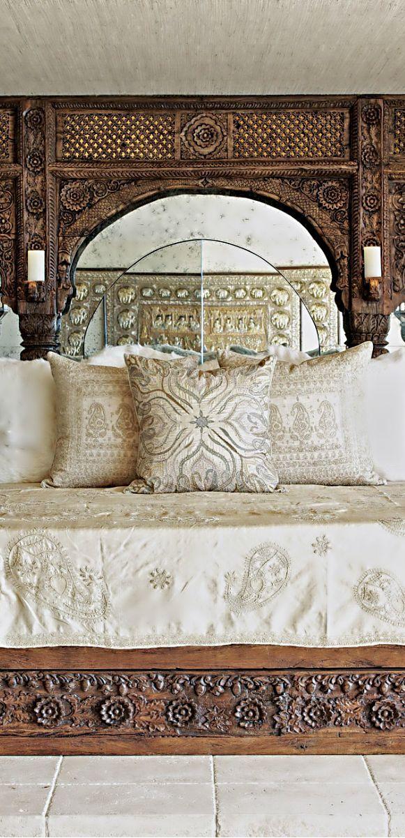 Een klassieke woonkamer is voor iedereen anders. Als we kijken naar de barokstijl, zijn er niet veel verschillen. Barok is iets heel ouderwets en klassiek. Deze stijl bestaat al sinds de 17e eeuw en is ontstaan in Italië. De barok kwam tot uiting in de architectuur, tuinarchitectuur, schilder- en beeldhouwkunst, literatuur en muziek. In de…