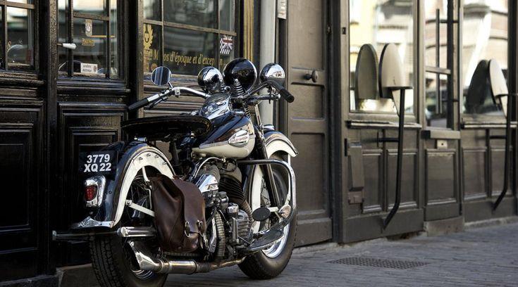 Harley-Davidson WL 1943, à vendre chez Legend Motors Lille.