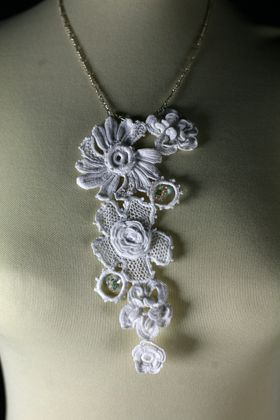 Irish crochet pendant--this would be even more gorgeous in more colors.