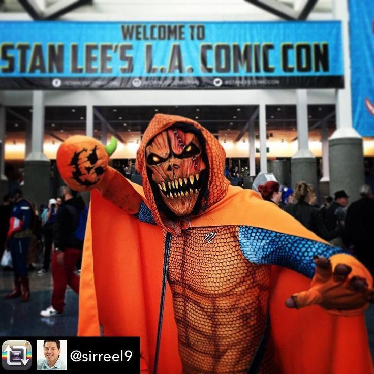 Hobgoblin goes to LA Comicon in a custom ShapeShifterZ. Repost from @sirreel9 using @RepostRegramApp - #costume #party #scary #unleashyourimagination #beautiful #night #october #oct #autumn #fall #october #cosplay #cosplayer #hobgoblin #spiderman #marvel #villian #pumpkin #heroesvsvillains #хорошо #красивая #losangeles #stanleecomikaze #comikaze #stayclassy #lacc #stanlee #gotaproblemcallhobgoblin