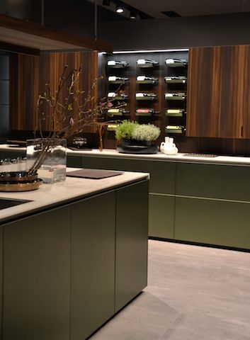 green kitchen! wood and marble #salonedelmobile