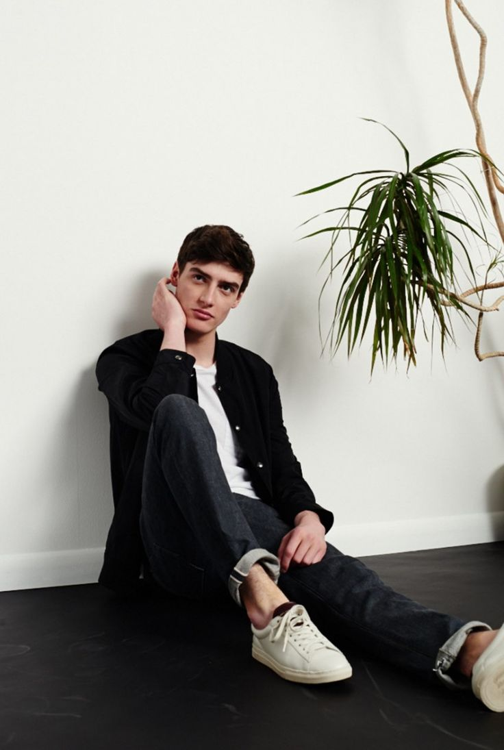 Club Monaco Injects Athletic Trend with Smart Mens Styles