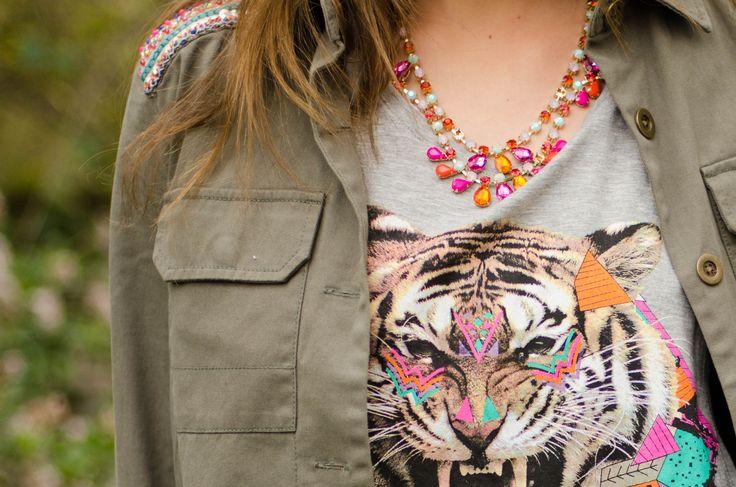 Encuentra dónde adquirir las prendas en nuestra sección Get the Look de CranberryChic.com