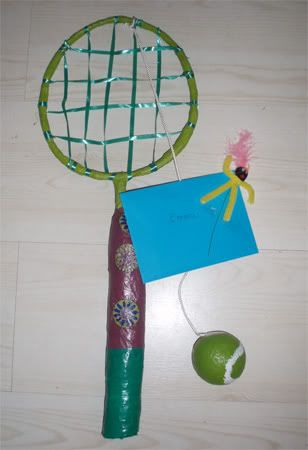 Tennisracket surprise van hoepel en koker