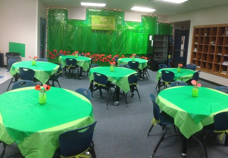 17 best images about wizard of oz theme teacher for Emerald city nickname