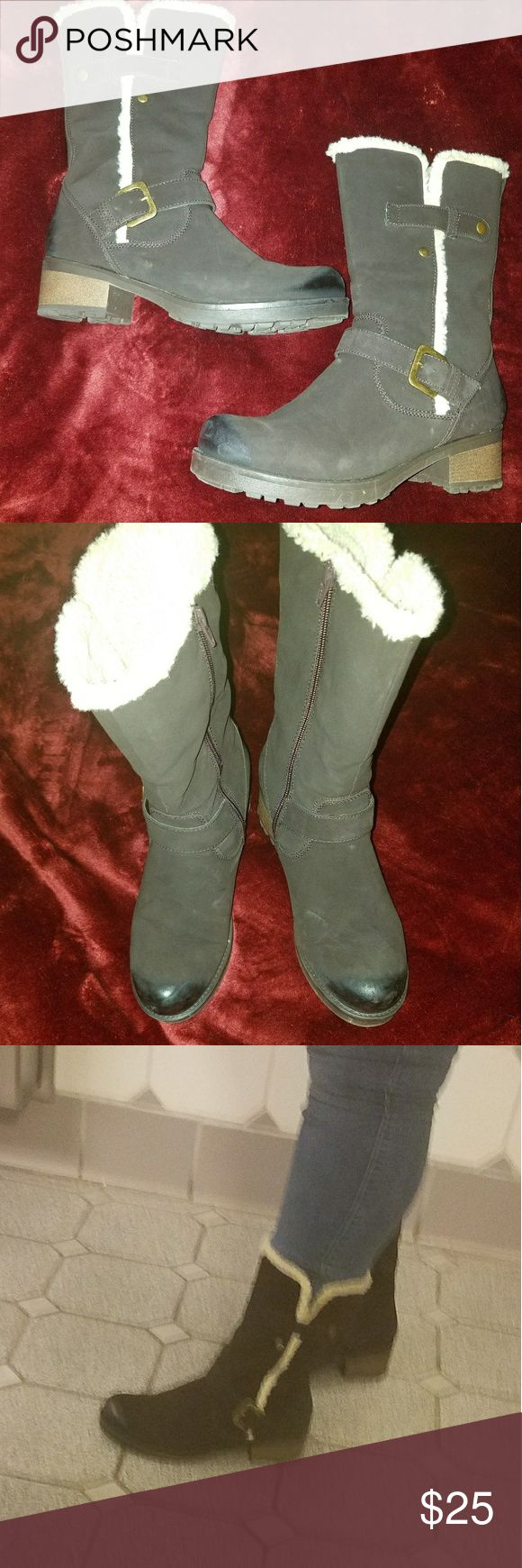 Size 10 brown mid calf boots Very cute mid calf brown suede boots with white fur inside. Only worn a few times Shoes Combat & Moto Boots