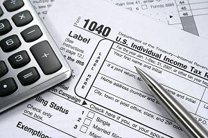 We do understand whose income is less than $28000 must be striving to meet the expenses, as a supporting tax consulting firm, we E-File form 1040 tax returns with eligible Exemptions, Deductions, and Credits for Free of Cost. Take our accurate tax estimate by our tax preparation service.