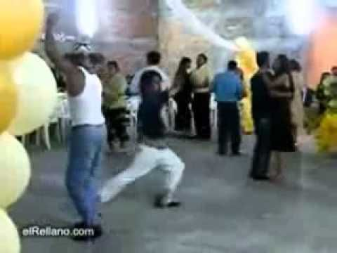 ▶ Drunk mexicans dancing - YouTube #throwback