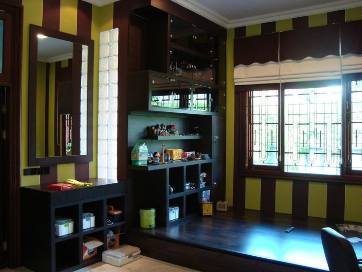 Green and wood concept design by Simple Luxury Interior Surabaya, Indonesia