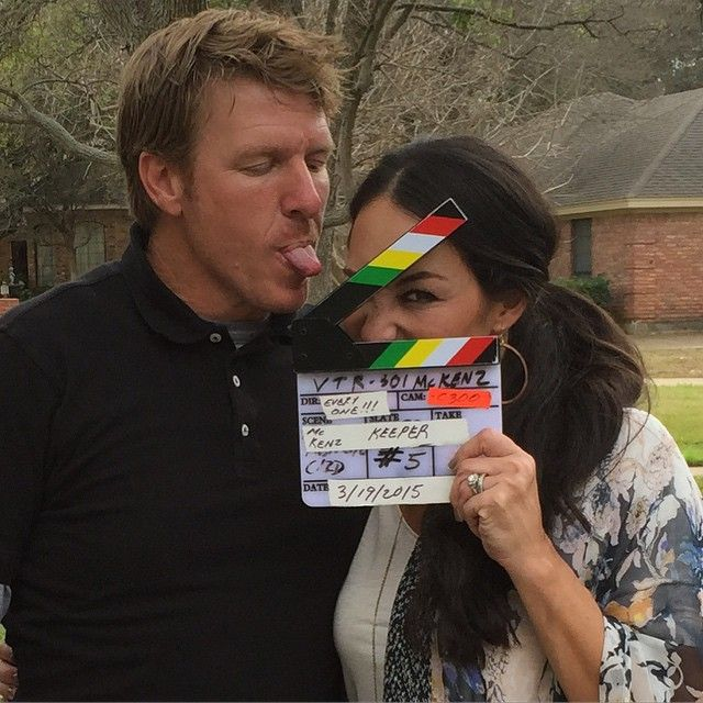 810 best fixer upper hgtv images on pinterest chip for Did chip and joanna gaines get a divorce