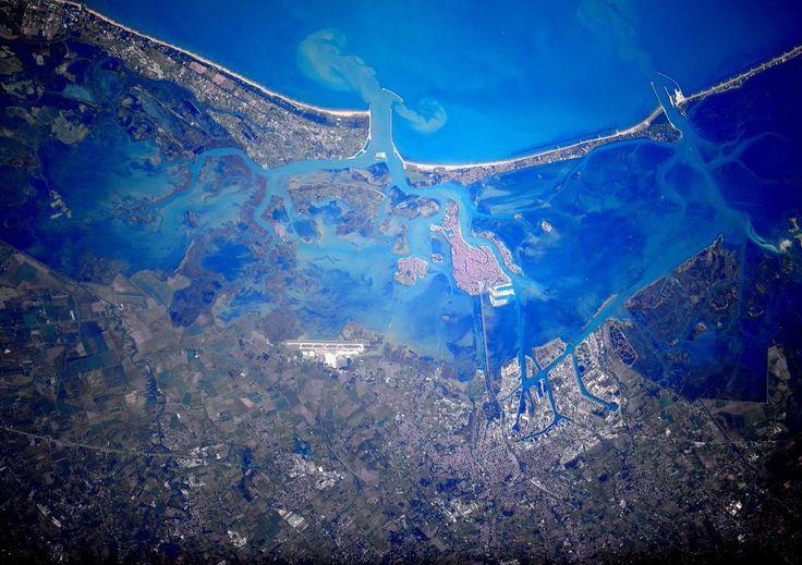 (IT) Ciao #Venezia dallo spazio! Ho volato sopra la zona molte volte ma mai così in alto