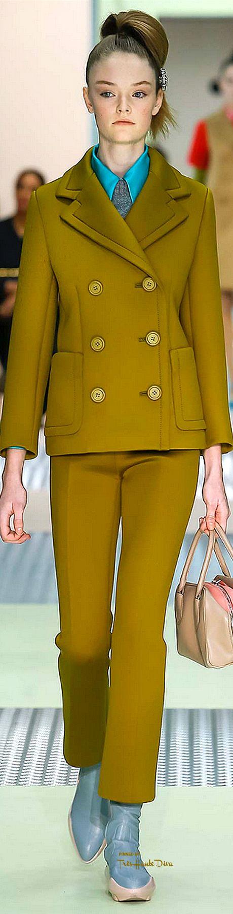 Milan Fashion Week.         Prada.          Fall 2015.         Ready-To-Wear.