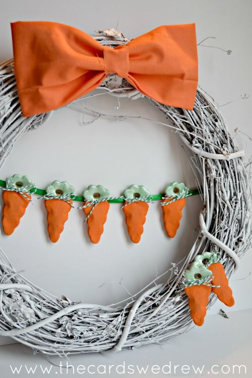 carrot wreathSprays Painting, Holiday Easter Spr, Diy Easter, Easter Crafts, Easter Wreaths, Wreaths Easter, Carrots Wreaths, Spring East, Easter Ideas
