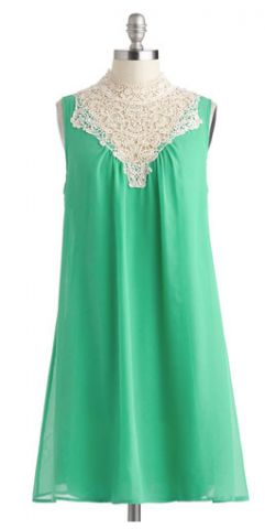 Love the lace top on this green dress.  #dresses #weddings  https://www.thebridelink.com/vendor/mod-cloth/photos