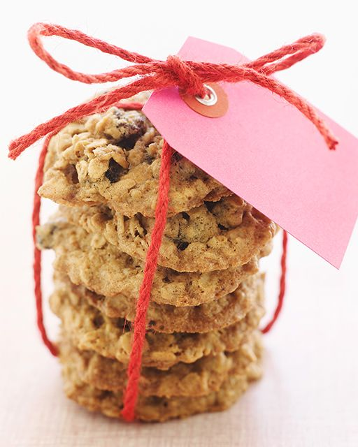 Oatmeal, Coconut, & Raisin Cookies #ValentinesDay