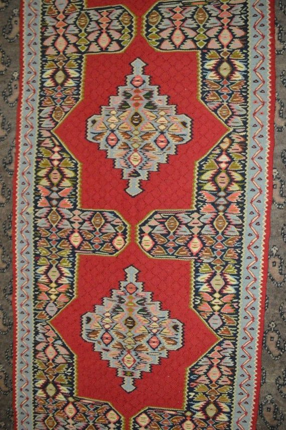 8 X 2.4 FT Stunning Four Medallion With Floral Pat…