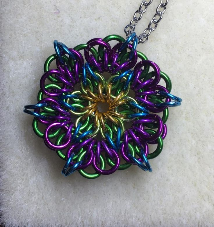 Celtic Mandala pendent by Pink Rebecca Chainmaille