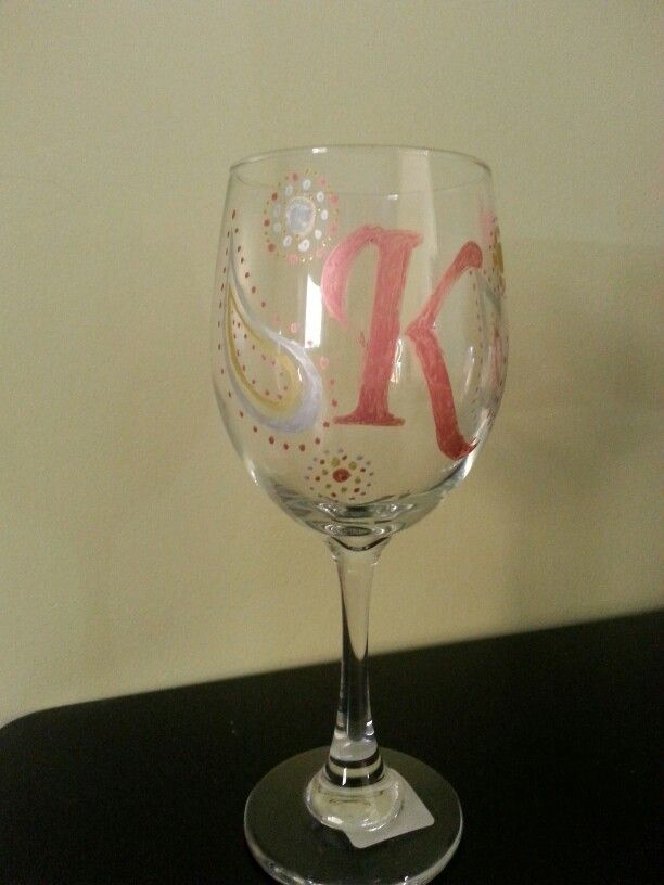 17 best images about wine glass ideas on pinterest for How to decorate wine glasses with sharpies