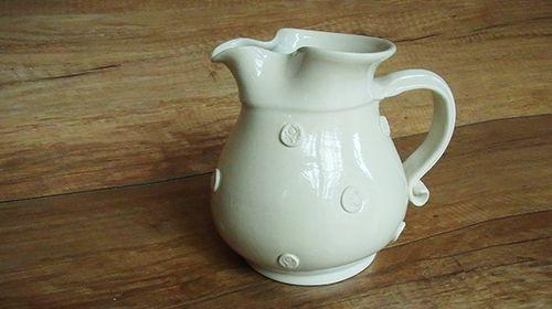 1-1,5 literes magyar kézműves fehér teáskancsó 4100.-ft!