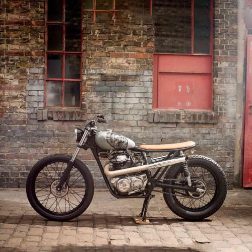 dropmoto: The Tropper. 1976 Honda CB250G frame x Honda CJ360T...  dropmoto:  The Tropper. 1976 Honda CB250G frame x Honda CJ360T guts from Berlins @deadcitycycles.  Marcel Schwickerath #honda #cj360 #cj360t #cb250 #tracker #scrambler #dropmoto #builtnotbought