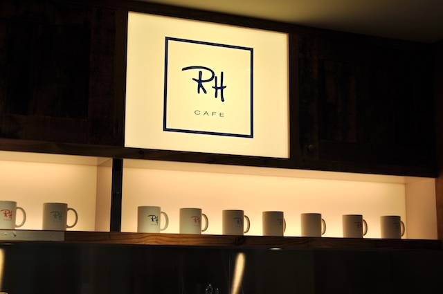 Ron Herman Cafe  世界で唯一の「RH cafe」