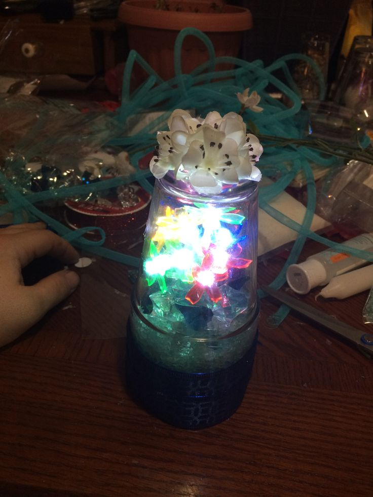 Small lighted centrepiece