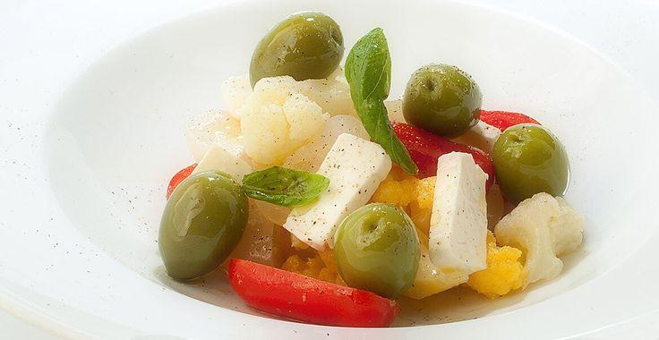 Ricetta Insalata di ortaggi con olive giganti - Ricette con le Olive