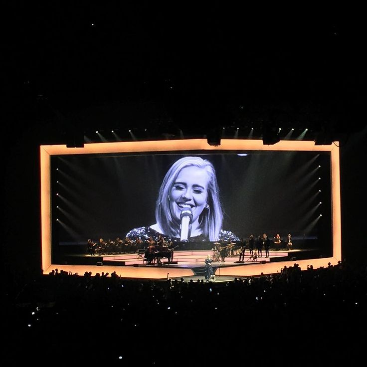 Adele performing at 'The Palace of Auburn Hills', Auburn Hills, Michigan (Sept. 06)