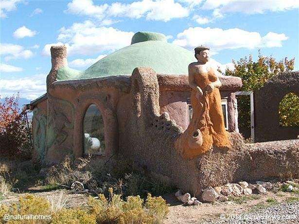 This is one of a collection of nine natural homes built by inspirational women. You can see each of them and follow links to their websites at www.naturalhomes.org/natural-building-women.htm