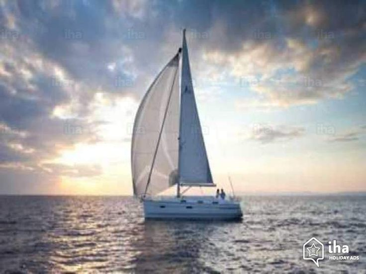 Orientation     Puisqu'on ne peut changer la direction du vent, il faut apprendre à orienter les voiles.  James Dean