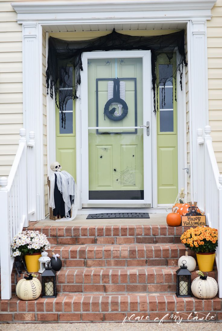 Halloween home tour- Placeofmytaste.com-2 (I like the look of the black cheesecloth.)
