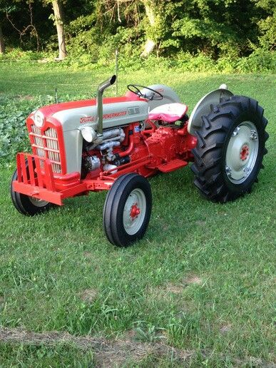 Antique Tractors 4 Wheel Drive : Best images about ford tractors on pinterest old