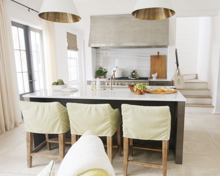 Oversized kitchen lighting | Urban Grace Interiors