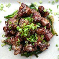 Suon Kho (Vietnamese Caramelized Pork Riblets) one of my favs :)