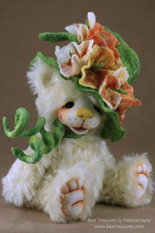 Emma Mohair artist teddy bear from Bear Treasures by Melanie Jayne