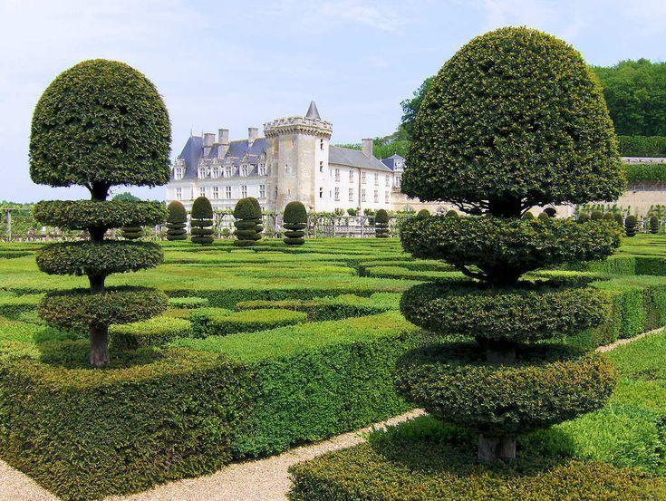 Le jardin à la française, aussi appelé le jardin classique | Jardin francais, Jardin classique ...