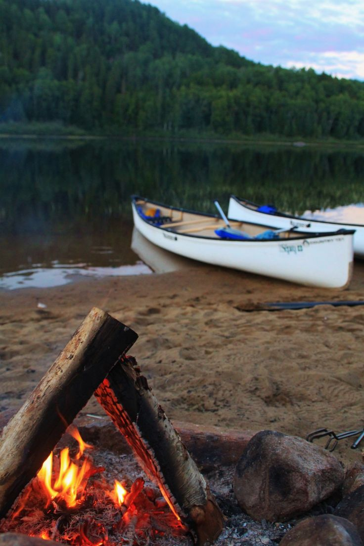 Need a weekend getaway? We tried canoe camping in Quebec and it was great! Check out our new post on the blog @cecileandlaura