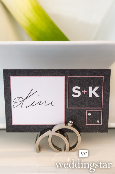 Pink for the Minimalist. Double Rings with Crystal Place Card Holder {pink wedding, wedding rings, place card, wedding reception}