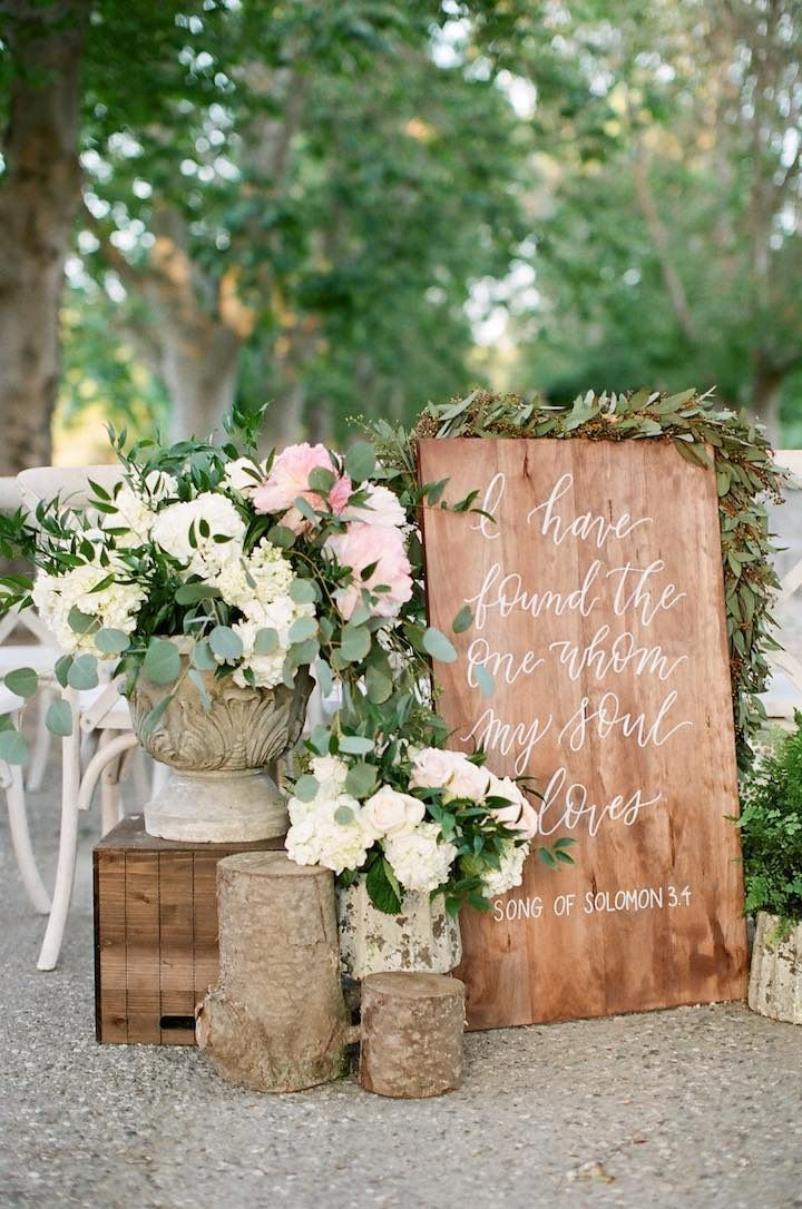 creative diy rustic wedding welcome sign decoration