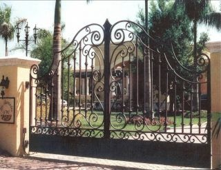 wrought Iron entry gate, bottom closed.