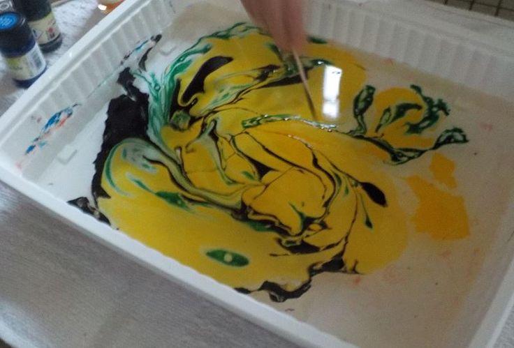 peinture marbrée