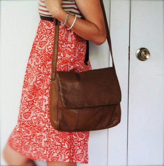vintage women caramel light brown leather sling over shoulder cross body satchel handbag purse bag