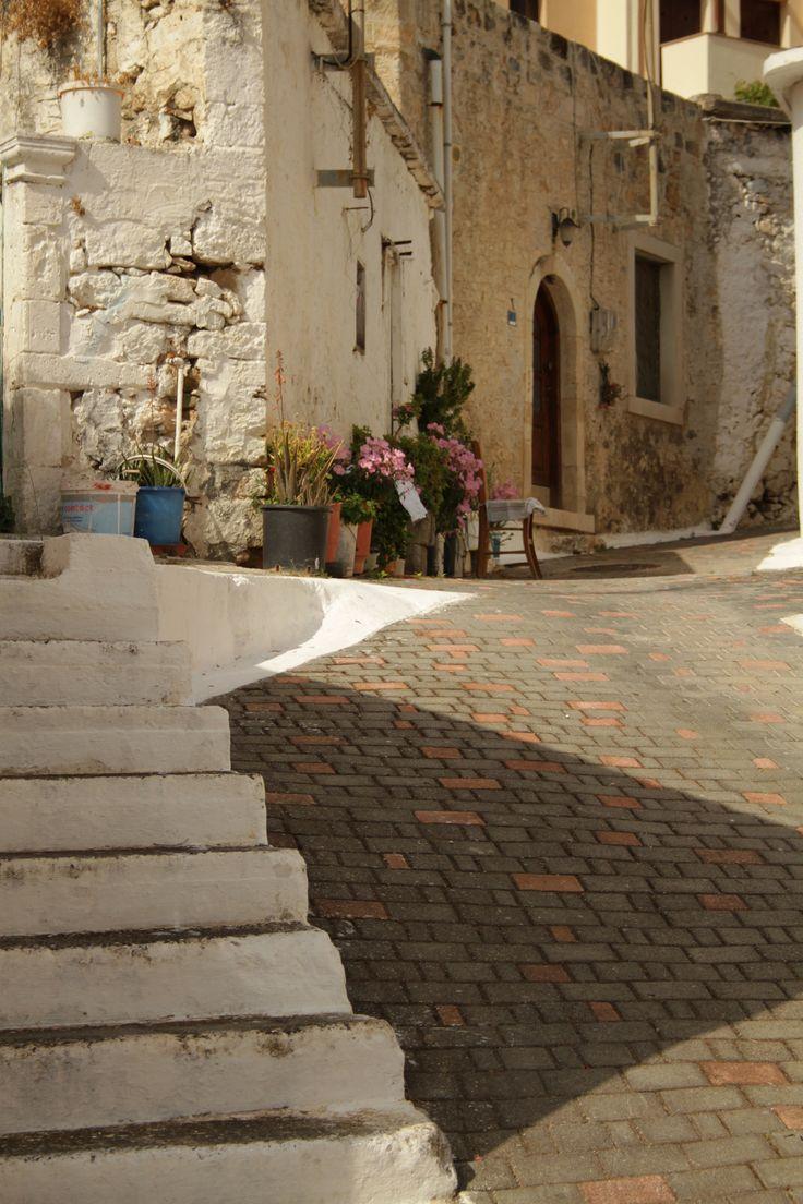 Ruelle de Koutouloufari, Crete_ Greece