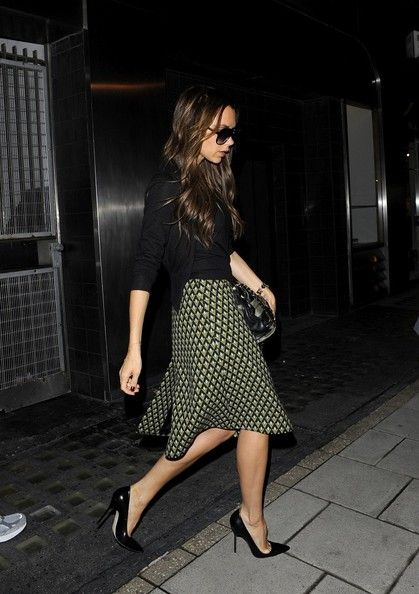 Style w/ Class. Beautiful look. *Victoria Beckham